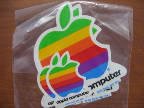 AppleLogoStickerBag