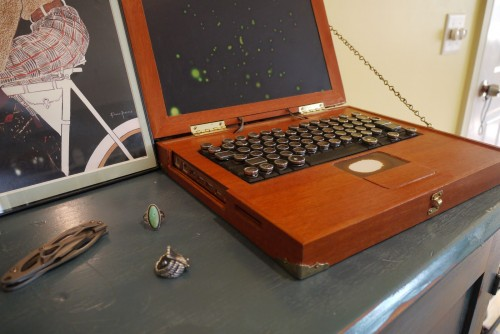 WoodLaptop2