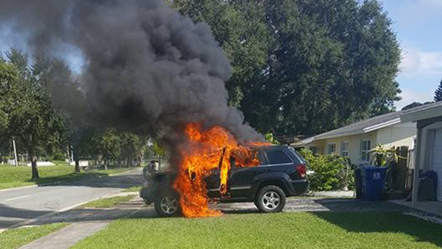 galaxy-note-7-blows-up-jeep