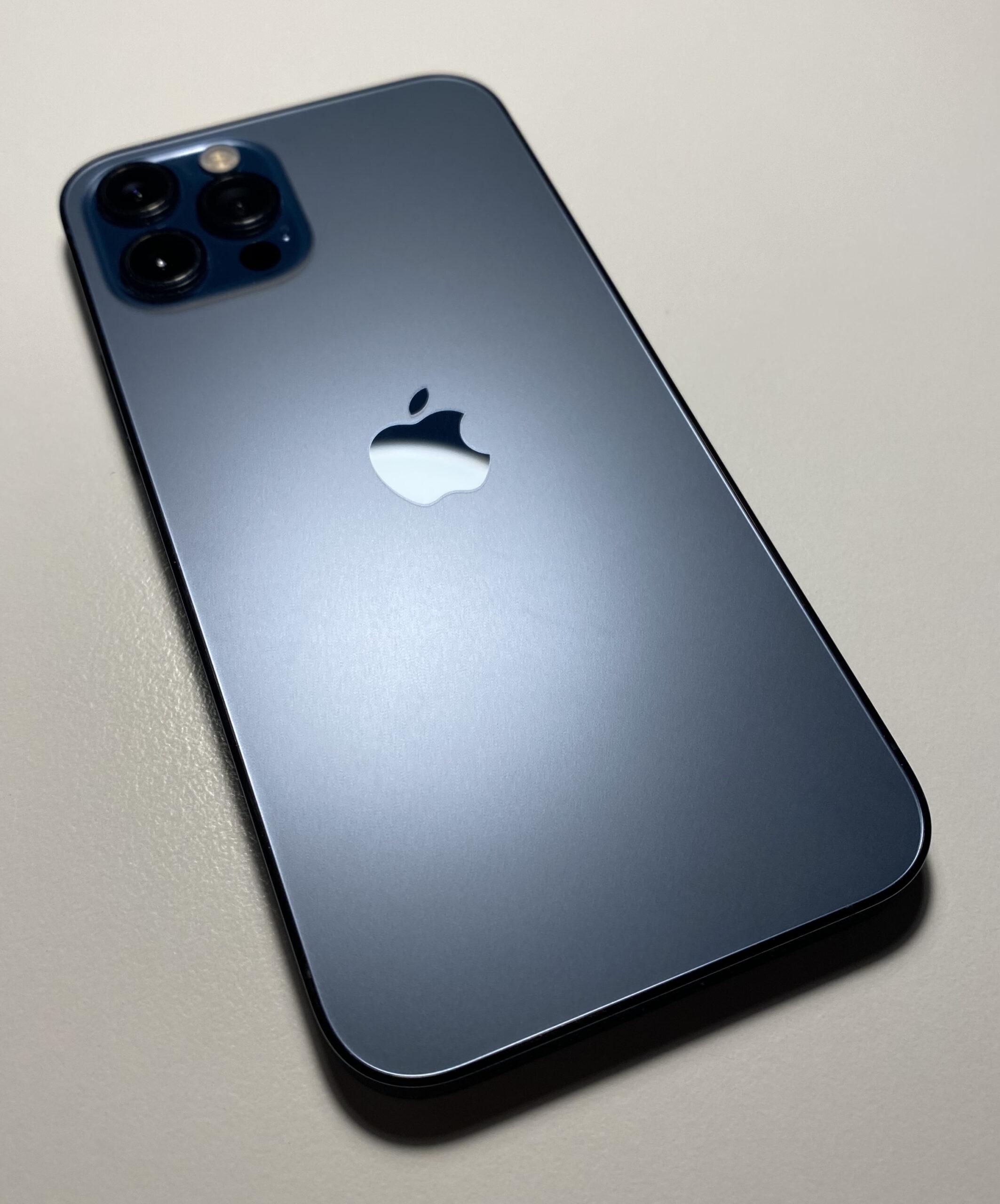 12 комментариев про iPhone 12 Pro